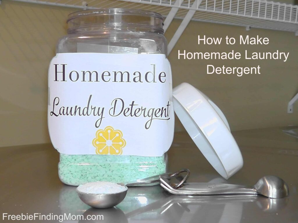 How to Make Homemade Laundry Detergent - Super simple, just 3 ingredients!