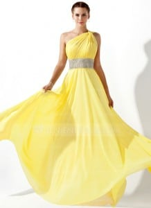 Fabulous Prom Dresses for the Frugal Fashionista!