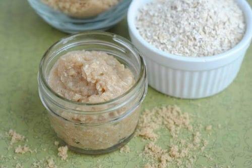 oatmealscrub1