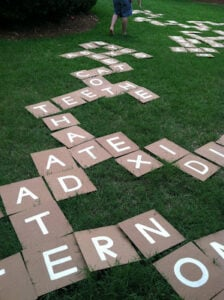 Outdoor party game bananagrams