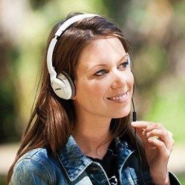 Bose-OE2i-headphones-white-comfort
