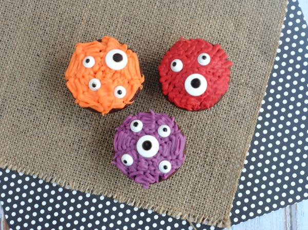 Halloween Inspired Kids Cupcake Ideas: Monster Cupcakes