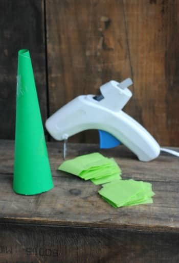 DIY Christmas Crafts: Tissue Paper Christmas Trees 1