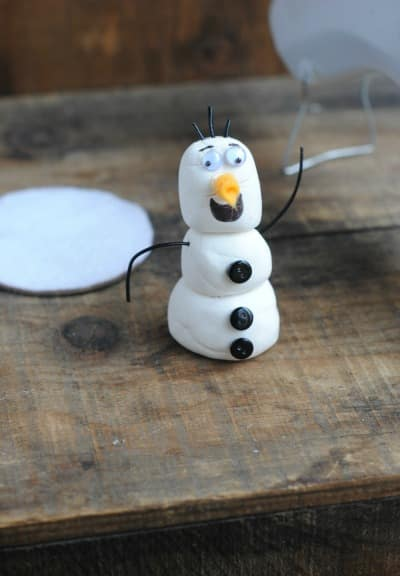 Crafts for Kids: Olaf Mason Jar Snow Globe 7