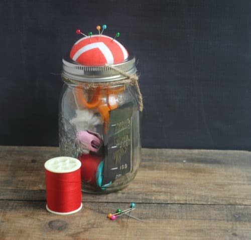 12 Days of DIY Gifts in a Jar: Sewing Kit Gift Jar 3