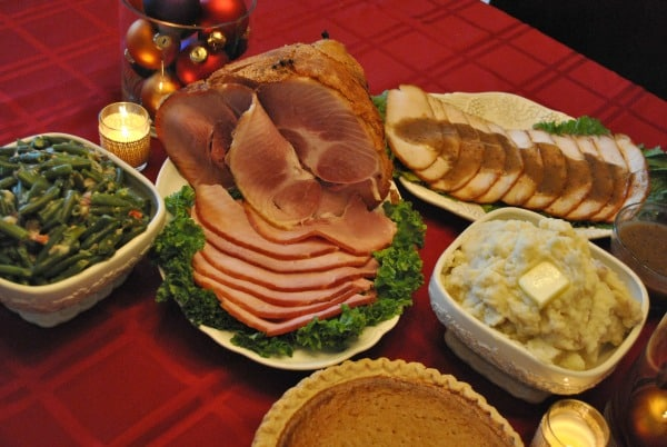 Have a HoneyBaked Ham Christmas