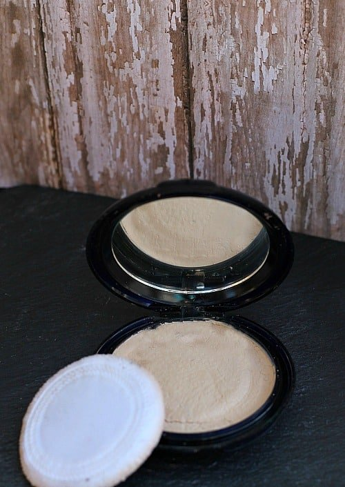 How to Fix Broken Eyeshadow, Blush or Foundation