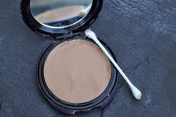 made Recipes for Beauty Products: How to Fix Broken Eyeshadow, Blush or Foundation 7
