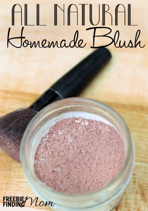 All Natural Homemade Blush - Do you know how easy it is to make your own makeup? Super simple in fact! That's right this recipe for homemade blush only requires 4 ingredients and takes just minutes to make. You'll quickly see there's no reason to visit the expensive cosmetics counter because you can create a perfectly flawless face with items at home.