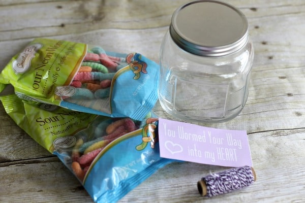 Valentine's Day DIY Gifts: Hooked on You Gummy Worm Gift Jar 1
