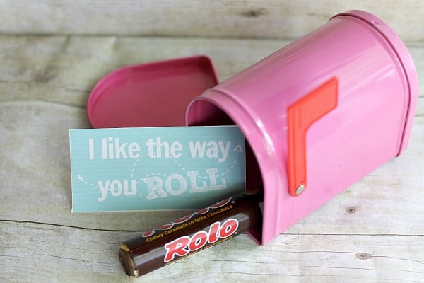 Valentine's Day DIY Gifts: I Like the Way You Roll Gift 1