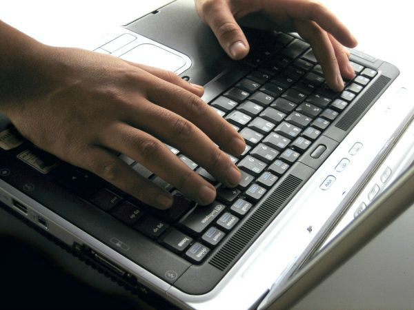 keyboard to promote home based data entry jobs