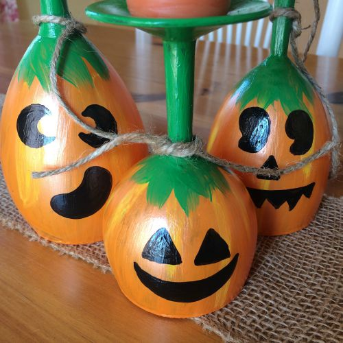 Diy pumpkin wine glass centerpieces