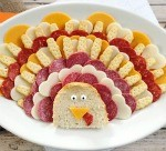 Thanksgiving Appetizers: Meat, Cheese and Cracker Turkey Platter