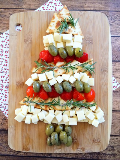 Christmas Tree Cheese Platter Final