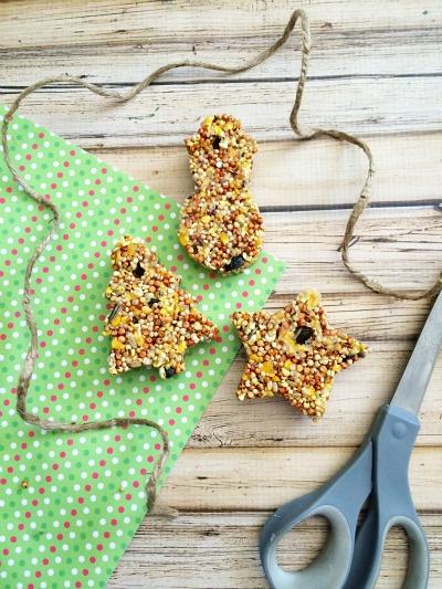 Homemade Bird Feeders - Cookie Cutter Bird Feeders Step 12