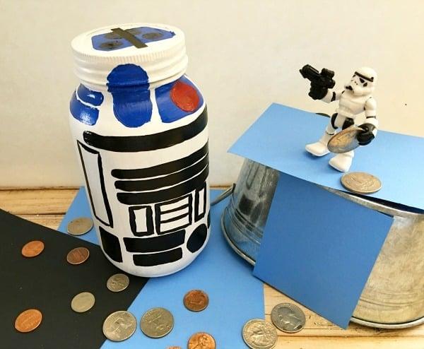 R2 d2 mason jar piggy bank diy gift in a jar for kids for Piggy bank ideas diy