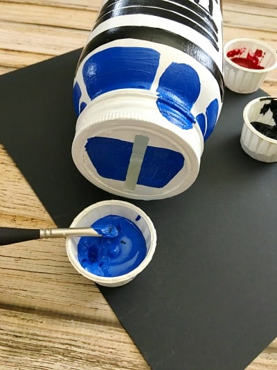 R2-D2 Mason Jar Piggy Bank - DIY Gift in a Jar for Kids Step 11