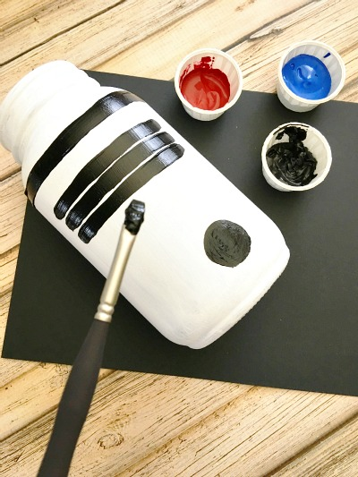 R2-D2 Mason Jar Piggy Bank - DIY Gift in a Jar for Kids Step 6
