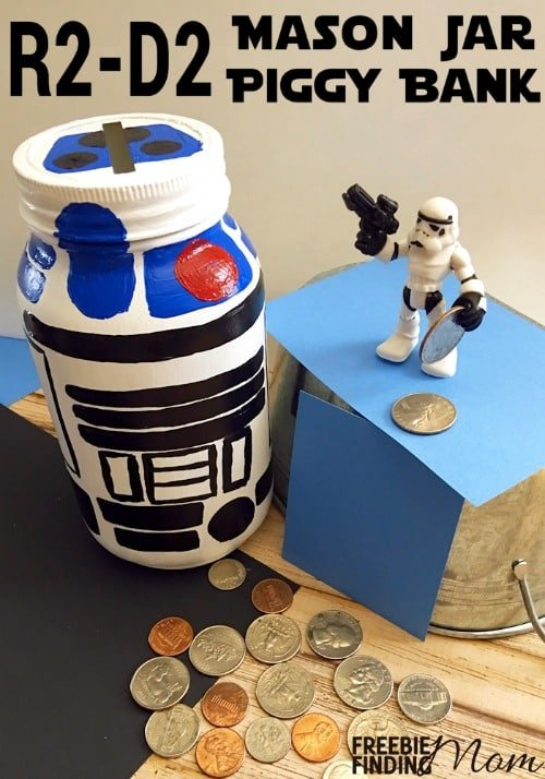 Want a fun way to get the kids interested in saving money? This R2-D2 Mason Jar Piggy Bank is sure to motivate any Star Wars fan to stash his cash plus this homemade piggy bank makes a great DIY gift in a jar for kids.