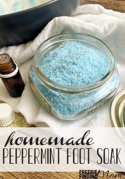 5 ingredient peppermint scented homemade foot soak