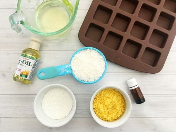 Homemade Natural Sunscreen Lotion Bars Ingredients