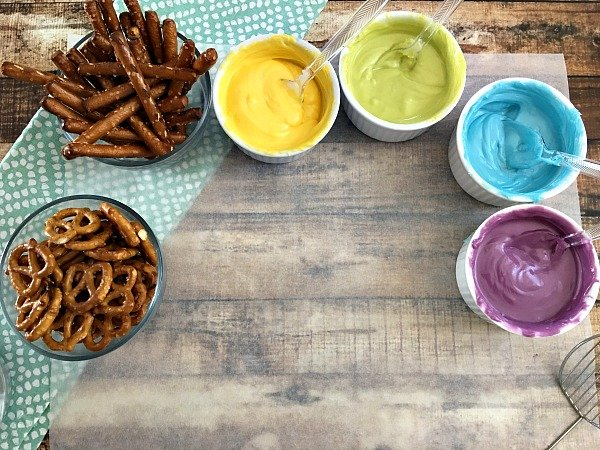 Pretzel Snack Recipe Idea Butterflies step 2