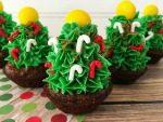 Strawberry Christmas Tree Brownie Bites Recipe