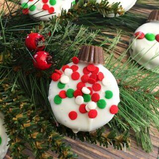 Oreo Ornament Cookies