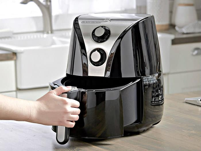 BLACK+DECKER PuriFry Oil Free Air Fryer in use