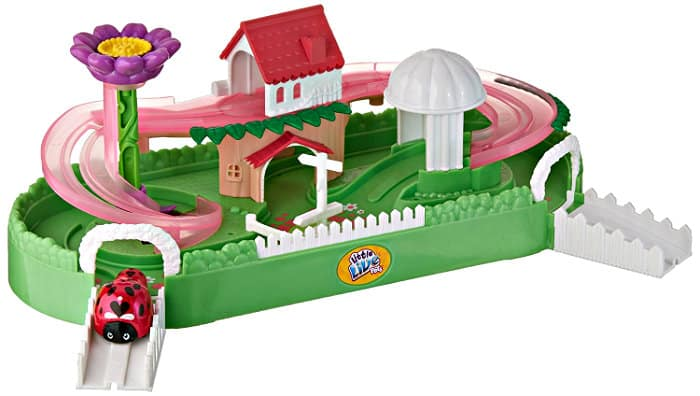 Little Live Pets Ladybug Lil House Playset