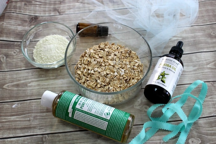 DIY oatmeal bath soak ingredients