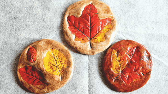 These fall crafts for preschoolers with leaves are perfect for little hands