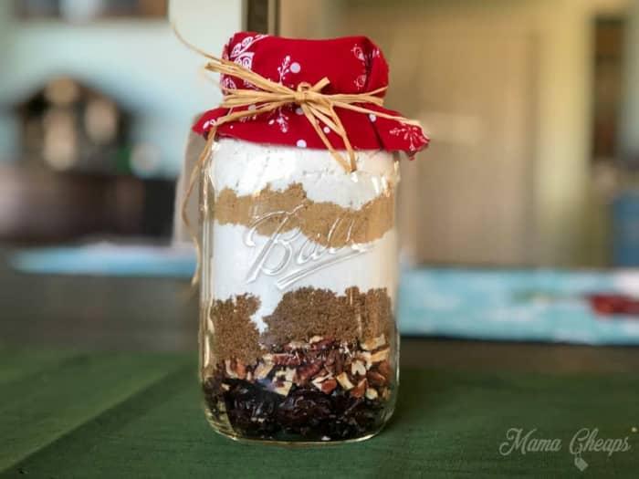 Cranberry Pecan Crunch easy Mason jar cookies recipe