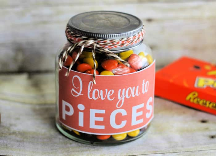 Give this I love you to pieces Valentine's Day gift jar to someone special for Valentine's Day.