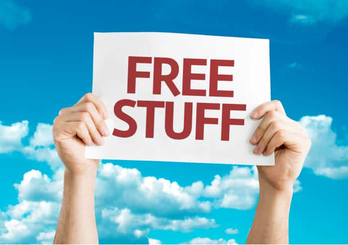 Think you can't get free stuff by mail? 2021 is still a year where you can snag loads of free things if you know where to look.