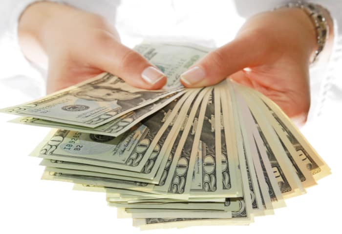 Want to make money from home? It's possible with these quick ways to earn cash for stay at home moms.
